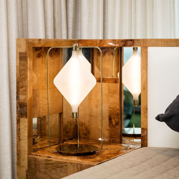 Clover Table Lamp