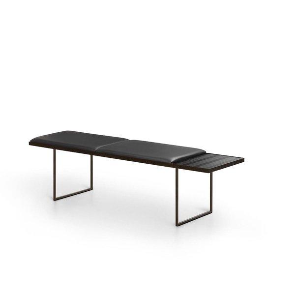 Uma Bench
