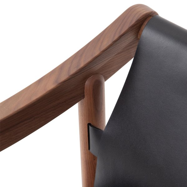 905 Dining chair
